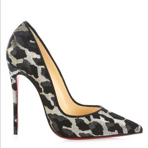 New Christian Louboutin Feline Pointed Pumps